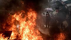 Újra elfajultak a tüntetések Hongkongban