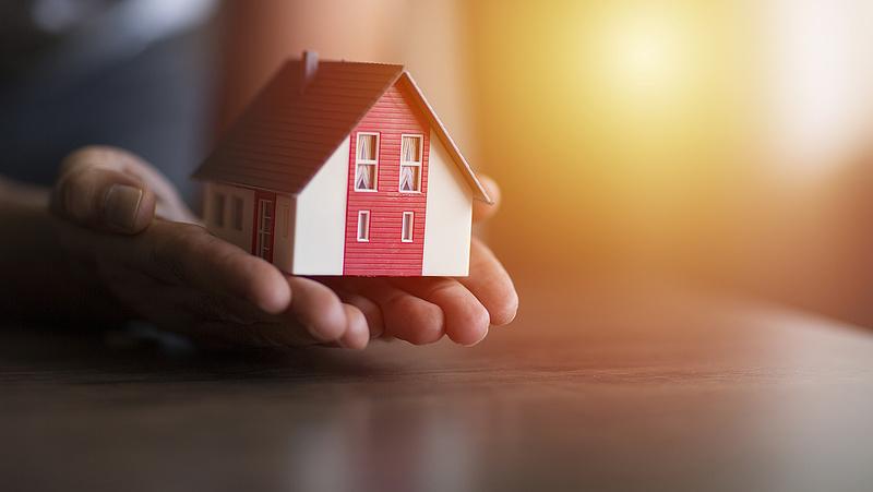Bőszen adósodnak el a magyar lakásvásárlók