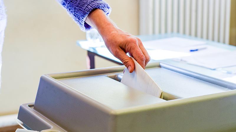 Nyolc településen lesz ma időközi választás