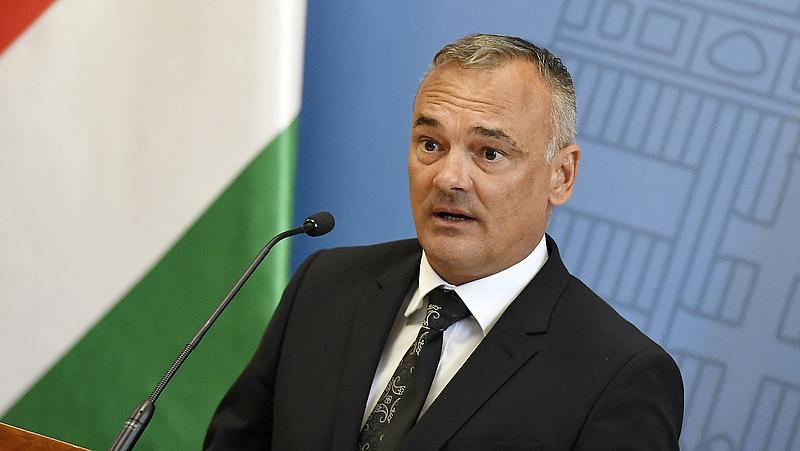 Borkai Zsolt túlélte a botrányt, maradt Győr polgármestere