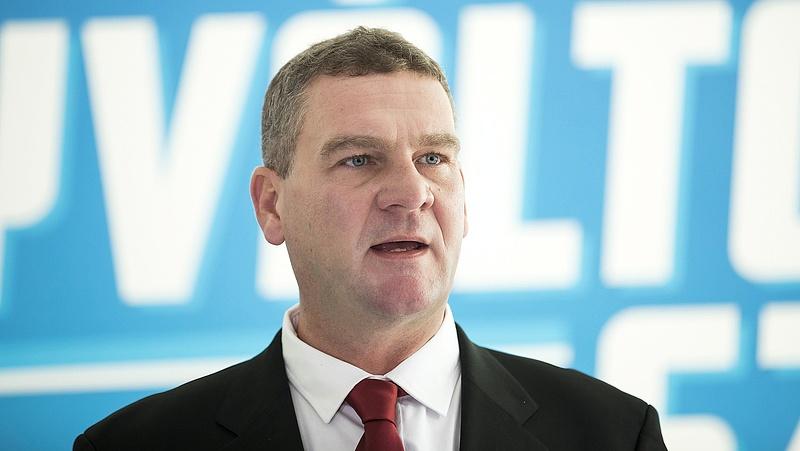 Botka László kilépett az MSZP-ből