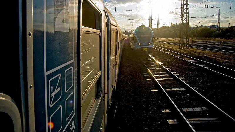 Milliárdokért gyorsulhatnak a vonatok