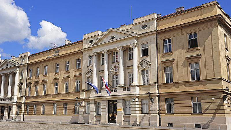 Béremelésnek örülhetnek a horvát köztisztviselők és közszolgák