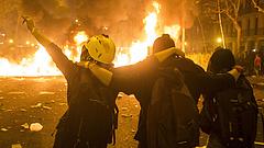 Nem tartja vissza a magyarokat a barcelonai zavargáshullám