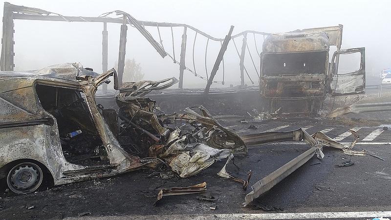 Heten haltak meg az M5-ös autópályán (frissítve)