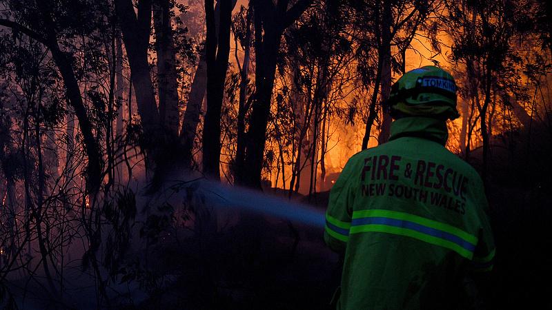 Megdöbbentő videón az ausztrál tűzvész okozta füstfelhő terjedése