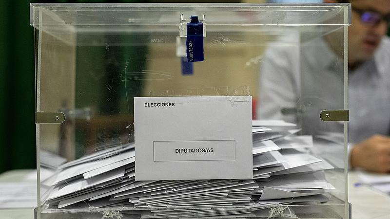 Spanyol választások: Pedro Sánchez haladó kormányt alakítana