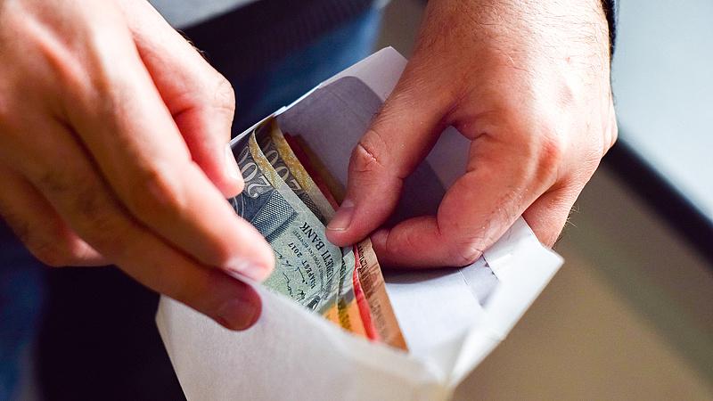 Így áll az állam a készpénz elleni harcban