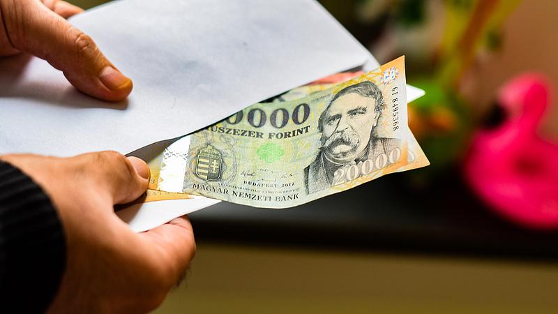 Nyugtat az MNB: nem jelent extra kockázatot a készpénzhasználat