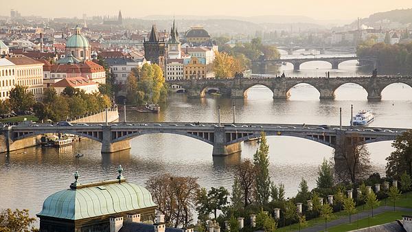 Újra kamatot emelt a cseh jegybank