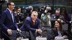 Furcsa üzenetet küldött Orbán Brüsszelből