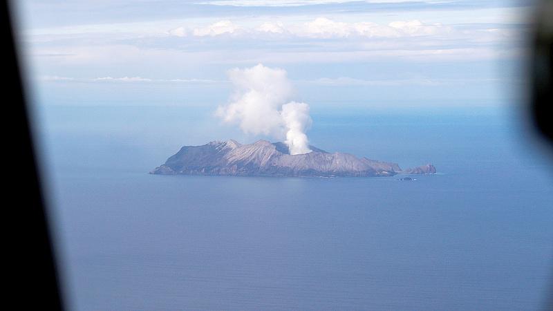 Tovább nőtt az új-zélandi vulkán halálos áldozatainak száma