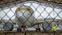 A Boeing leállítja a 737Max gyártását és vezért cserél