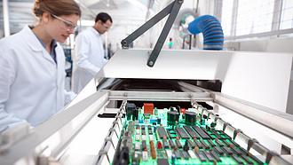 Érkeznek a megrendelések a német elektronikai iparba