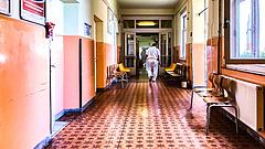 Koronavírus: üzenetet kaptak a kórházi dolgozók - maradásra kérik őket