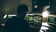 Rengetegen állnak az internet sötét oldalára