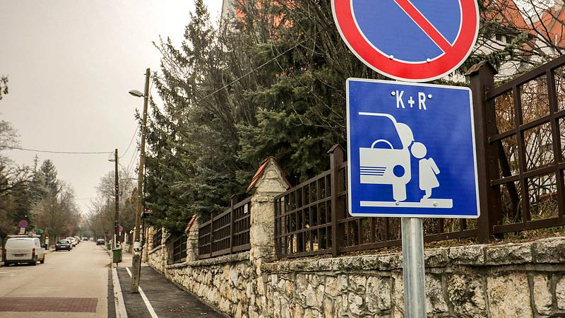 Speciális parkolókat alakítottak ki a II. kerületben