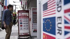 Felzárkózott az euróra és a dollárra a forint