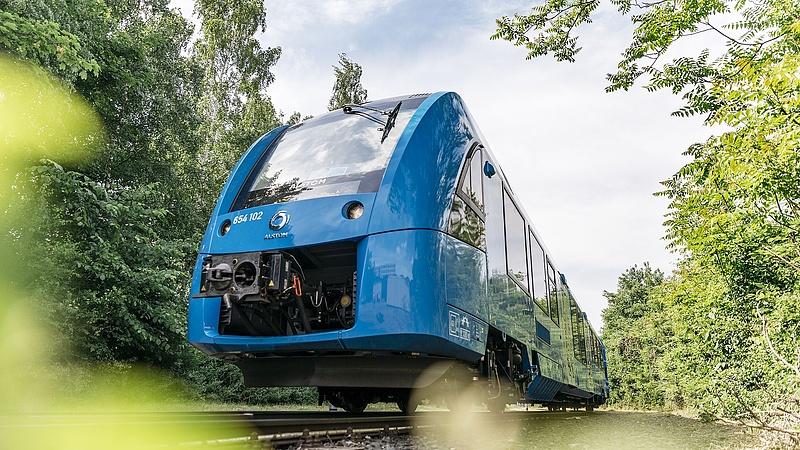 Hidrogén-akkumulátor hajtású motorvonatokkal támad az Alstom