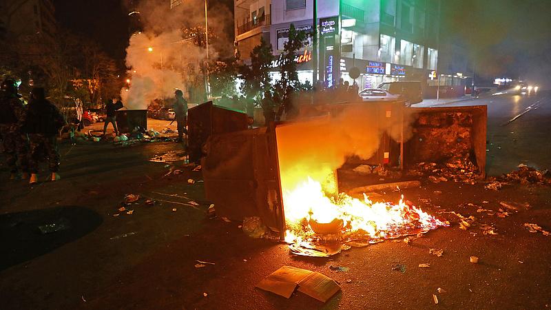 Az összeomlás szélére került Libanon