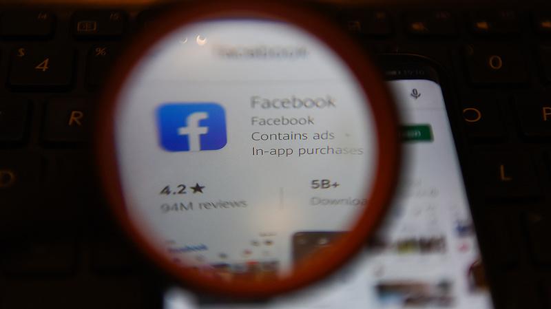 Stephen King törölte magát a Facebookról