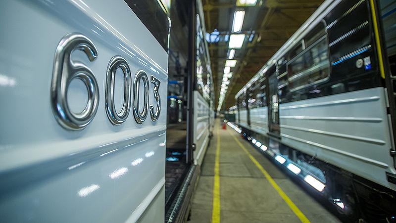 Budapestiek, figyelem: lezárnak két belvárosi metróállomást