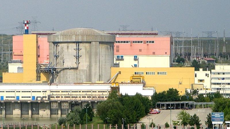 Arra hivatkozva fújta le az atomerőmű-építést Orban Romániában, amivel Orbán idehaza igazolja