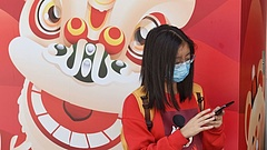 Hongkong tovább korlátozza az átjárást Kínából