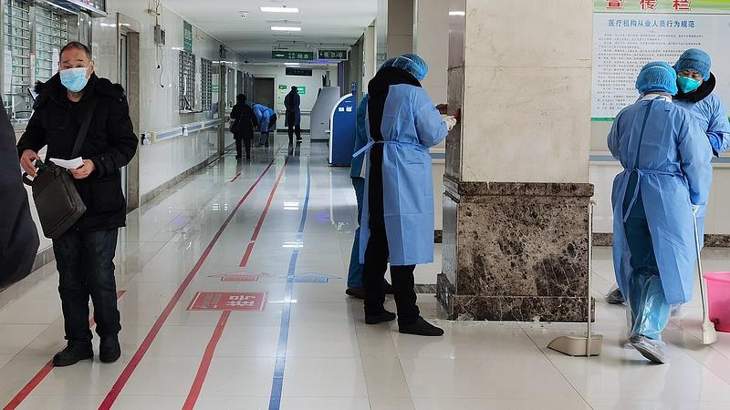 Koronavírus: egyre több ország vezet be utazási korlátozást