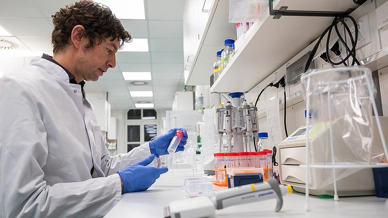 Új magyar adatokat közöltek a koronavírusról