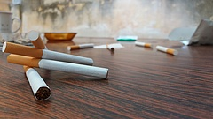 Rászáll a hatóság a dohányárusra