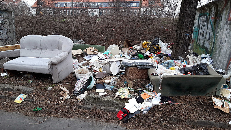 307 tonna illegális hulladékot vitt el a vasút a főváros egyik legfertőzöttebb területéről