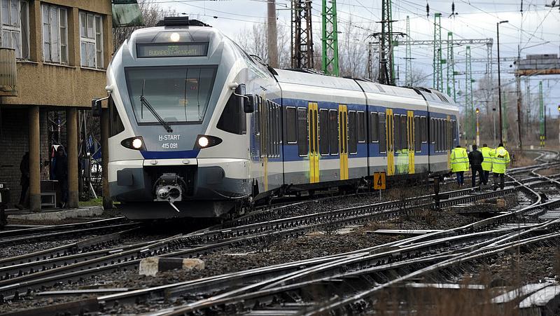 Változik a vasúti közlekedés