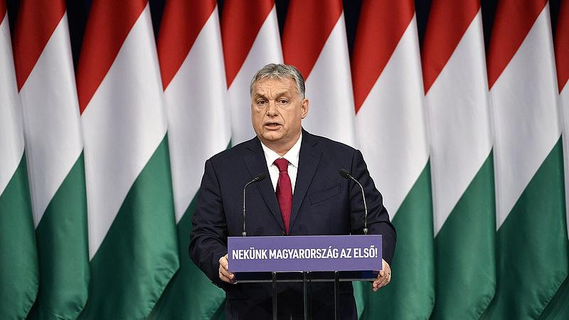 Orbán Viktor keményen üzent a Néppártnak