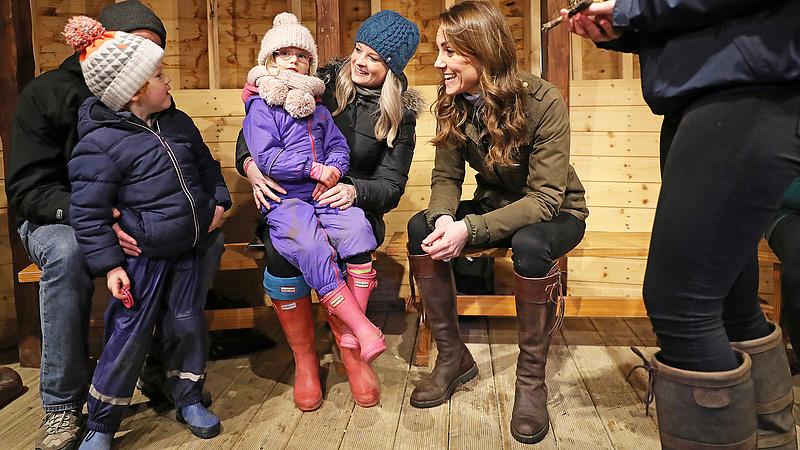 Lerohanták az Aldikat - a boltlánc bagóért adja Katalin hercegné csizmáját