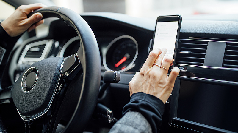 Az Apple növelte részesedését a csökkenő mobilpiacon