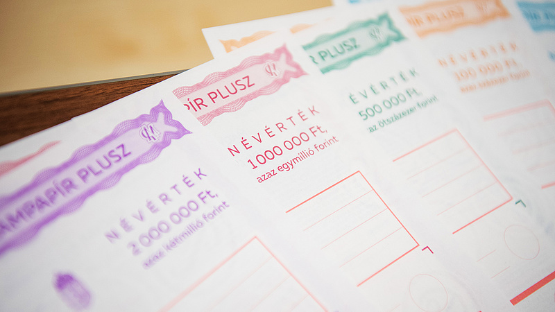 Pörög a nyomtatott állampapír