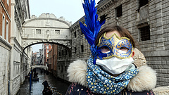 Koronavírus: rendkívüli lépés az EU-tól, újabb áldozat Olaszországban