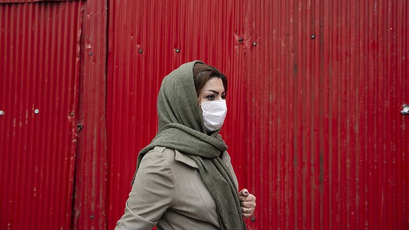 Újabb kutatás mutatja, hogy ad védelmet a maszk