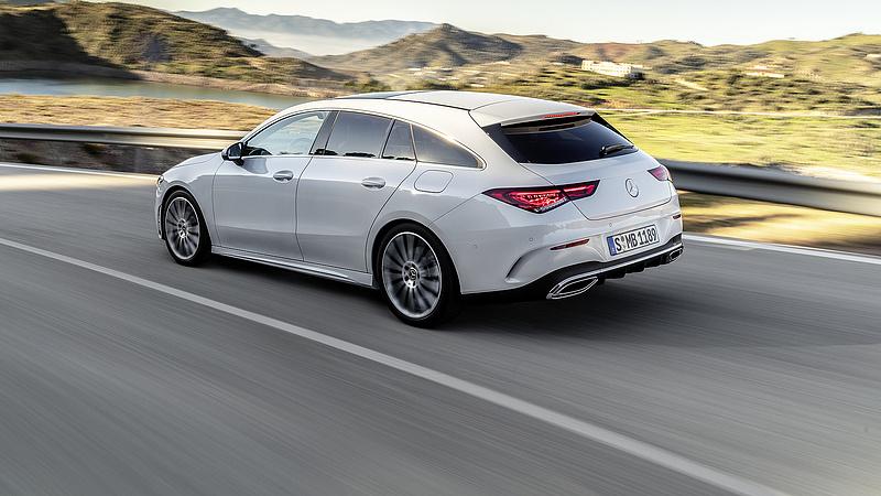 Lassul az autópiac növekedése - erre számít a kecskeméti Mercedes