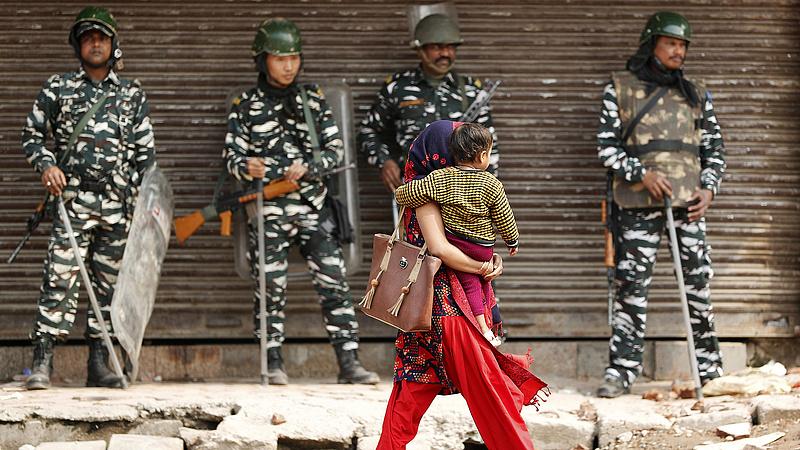 Nekiestek a rendőröknek az indiai muszlimok