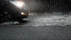 Annyira erős vihar jöhet, hogy megszólalt és riasztást adott ki az OMSZ
