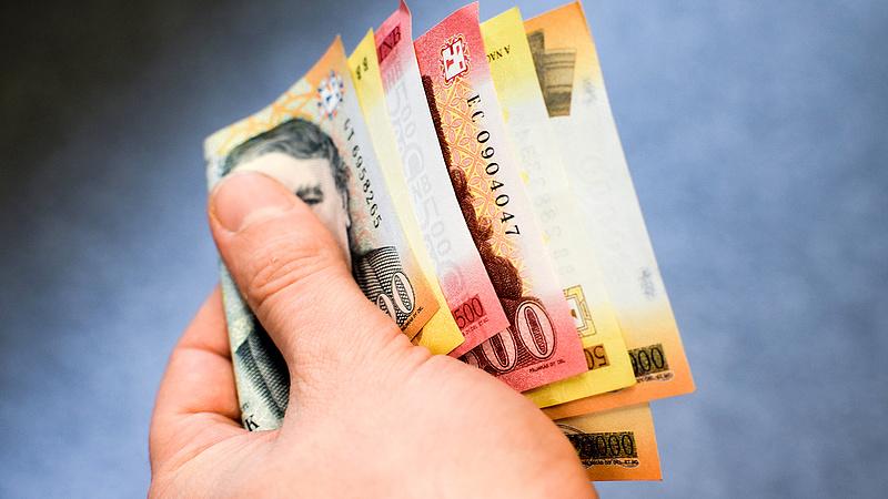 Már 340 forint körül jegyzik az eurót