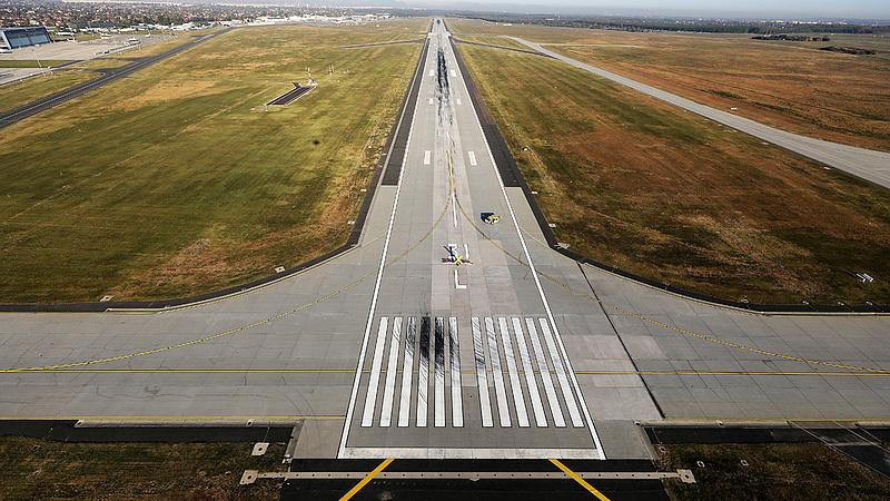 Megvenné az állam a budapesti repülőteret