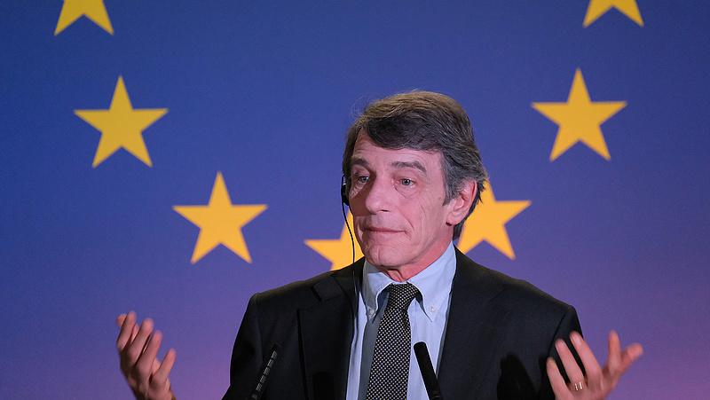 Az EP elnöke is karanténba vonul, mert fertőzött területen járt