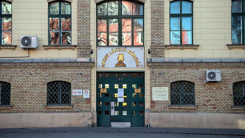 Koronavírus: 4 ember meggyógyult, kiengedték őket a Szent László Kórházból