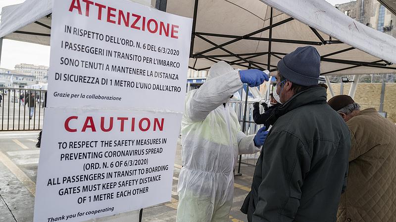 Már több mint kétezer koronavírusos halt meg Olaszországban