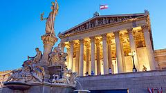 Pánikba estek az osztrákok - bejelentették a drasztikus lezárást
