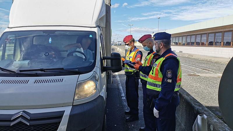 Koronavírus: visszaállt a határellenőrzés az osztrák és a szlovén határon