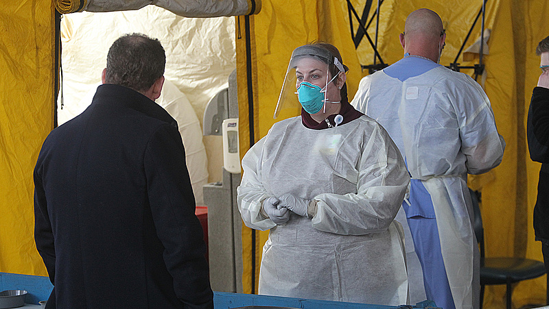 Koronavírus: pénzügyi alapot sürgetnek a kórházi beszállítók